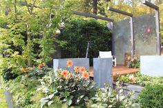 'The Midnight Garden' by Lisa Ellis Gardens at the Melbourne International Garden Show 2014. Photo by Janna Schreier