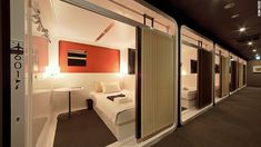 Concept Design Luxury Capsule Hotel in Japan. A capsule hotel is famous as a unique specialty, simple and cheap. Capsule Hotel Japan, Sleep Box, Sleeping Pods, Unusual Hotels, Hotel Room Design, Tokyo Hotels, Kabine, Great Hotel, Resorts