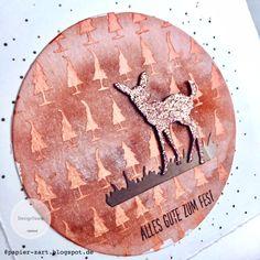 papierZART: Bambi in der Glitzerwelt, Weihnachtskarte in Orange, Glitzerbambi, Tannenwald, Stencil, Nuvo-Paste, Alexandra Renke, aRTeam