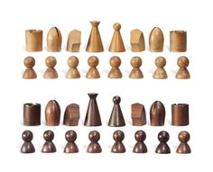 Walnut and Beech Chess Wood Turning Projects, Wood Projects, Woodworking Projects, Lathe Projects, Chess Pieces, Game Pieces, Chess Set Unique, 3d Modelle, Whittling
