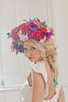 Black and white detail ~Vibrant wedding hair flowers Inspiration