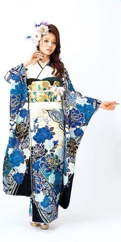白の振袖 一覧 | 柴宗の振袖カタログ|豊田市 みよし市 安城市 White Kimono, Blue Kimono, Kimono Dress, Japanese Outfits, Japanese Fashion, Asian Fashion, Japanese Clothing, Kimono Japan, Japanese Kimono