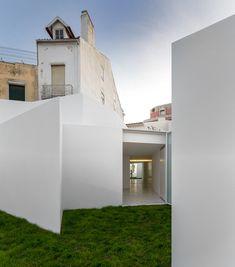 House in Alcobaça, Leiria, Portugal Aires Mateus