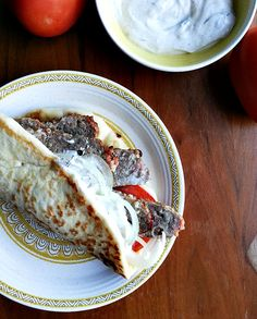 you don't need a rotisserie to make American-Greek Gyros that's restaurant-quality!