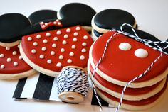 Mickey and Minnie Mouse Decorated Sugar Cookies (12). $35.99, via Etsy.