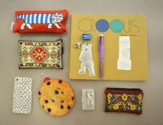 【かばんのなかスナップ】ヴィジュアルデザイン3年ミヤコシさん。小さな裁縫箱が入ってました。女子です。