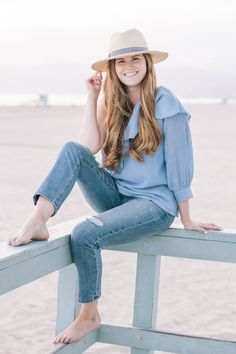 Lifestyle blogger Mollie Sheperdson shares a look in Venice Beach, California. All about NYC fashion, outfit inspiration, summer fashion, style bloggers & street style, fashion ideas, street style summer, street style 2017, fashion blog, style blogger, style blogger summer.
