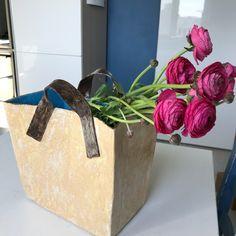 Handmade ceramic vase in a shape of tote bag. Can be used as a magazine holder or flower vase https://etsy.me/2qSeExv #housewares #vase #beige #birthday #valentinesday #blue #livingroom #ceramicbag #ceramichandbag #fashionable #modernvase #contemporaryceramics