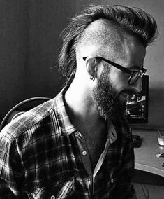 Different Mens Shaved Mohawk Hair - Man Hair Style Long Hair Mohawk, Mohawk For Men, Short Mohawk, Mohawk Hairstyles Men, Hipster Hairstyles, Girls Short Haircuts, Haircuts For Men, Hair And Beard Styles, Long Hair Styles