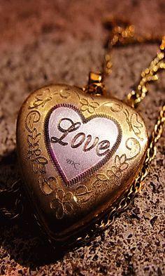 Love hearts! ~ Gif ✿⊱╮