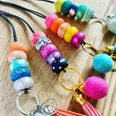 Handmade Accessories for Work and Home by Blushery Craft Stick Crafts, Bead Crafts, Jewelry Crafts, Diy Crafts, Handmade Accessories, Handmade Jewelry, Beaded Lanyards, Broken Chain, Diy Mask