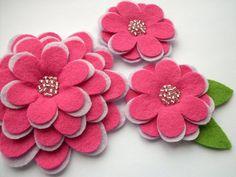 Lovely flowers from simple felt!