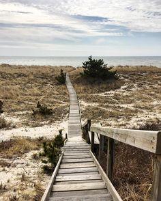~ Good morning from Westhampton Beach ~ Long Island, NY #westhamptonbeach #longisland #newyork #picoftheday #beach #atthebeach #hamptonsstyle #hamptons #beachbum #goodmorning