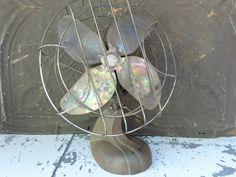 Vintage Desk Fan Handy Breeze Fan 40s Cast Iron Fan Chicago Electric Mfg. Co. Rustic Industrial Desk Top Fan Industrial Salvage Decor