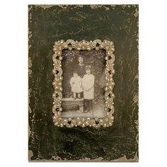 Brimming with storied beauty and warmly weathered charm, this elegant picture frame is perfect for highlighting your favorite family memories and artful snap...