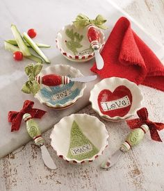 Mud Pie Holiday available @Blue Bumble Bee Boutique & Gifts...we ship 205-426-9330