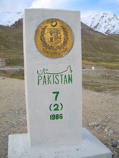 Border between Pakistan and China