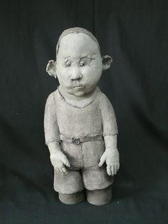 sophie-favre-enfant-les-mains-devant-terre-cuite-42cm Ceramic Pottery, Ceramic Art, Sculptures Céramiques, Ceramic Figures, Unusual Art, Exhibition, Clay Art, Figurative Art, Caricature