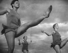 Seilspringen /Rope Jumping [probably from Olympia,1938  byLeni Riefenstahl