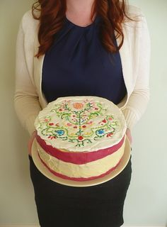 """embroidered"" cake"