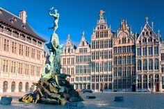 Don't let Belgium's relatively small size fool you, since it has more to do per square mile than most other places on earth. And best of all for the traveler, it's a comparatively easy place to get around and English is widely spoken.