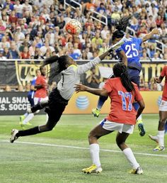 3c713d7d8 USA s Crystal Dunn  25 scores a goal in stoppage time against Haiti