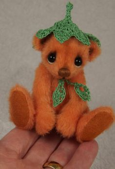 CLEMENTINE - Miniature One of a Kind Artist Bear by Valewood Bears
