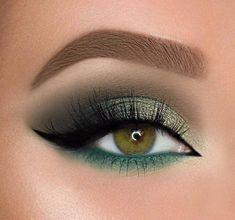 Gold Eye Makeup, Green Makeup, Glam Makeup, Eyeshadow Makeup, Smokey Eye Makeup, Makeup Brushes, Eyeshadow Palette, Green Smokey Eye, Makeup Remover