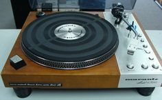 Vintage Marantz 6300 turntable from the 70s. This one's on my watchlist.