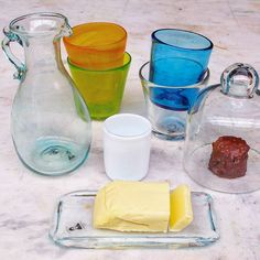 What's bread without butter?  #Berzona butter dish #burriera in a #familyphoto. #Glass is the #breadandbutter of #tableware  #nonprofit #handmade #glassblowing #recycledglass #newcollection #花瓶 #花 #おうち #ガラス #手作り #유리컵 #잔 #꽃병
