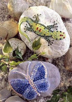 i love diy and crafts - kids to find rock in the river, dry, draw on design with felt pen and fill in with colorful beads/tiles