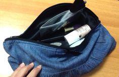 Pochette in jeans foderata in raso