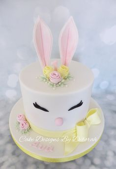 Easter Bunny Birthday Cake By Cake Designs By Deborah cake decorating recipes anniversaire chocolat de paques cakes ideas Bunny Birthday Cake, Second Birthday Cakes, Easter Bunny Cake, Bunny Cakes, 1st Birthday Cake For Girls, Birthday Ideas, Easter Birthday Party, Bunny Party, Themed Birthday Cakes