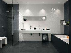 aménagement salle de bain carrelage noir blanc baignoire noire cabine de douche