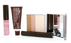 Beauty Reflections: Korres Goddess Beauty Collection Makes a Great Holiday GIft For Everyone On Your List