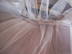 Tutorial para hacer un tutú de ballet de plato con aro.   Si Coppelia vistiera de Prada Tutu Ballet, Prada, Outfits, Sewing, Fashion, Carnival, Vestidos, Mosque, Make A Skirt
