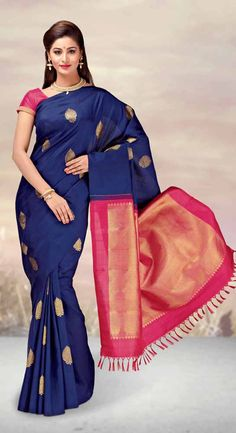 Find the gorgeous saree at our online store at Tajonline.com. Get flat 15% off on minimum order value INR 2000. Apply code sareesalex9y. Offer valid until 30 June 2017. Hurry up!  For more information click here: http://www.tajonline.com/gifts-to-india/gifts-AKE1662.html