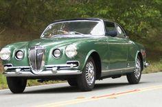 vintageclassiccars:  1952 Lancia Aurelia B52 Vignale Coupe - La...