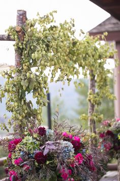 Florist: Artisan Bloom Photo: Sparkle Photography Planner: Melissa Fancy Mountian Wedding Stein Eriksen Lodge Deer Valley Park City Wedding Inspiration