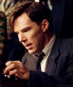 The Imitation Game -Benedict Cumberbatch is one my favorite actors recently, specially after seeing him in Sherlock. He also portrays Alan Turing in biographical historical film, Imitation Game. This film is worth watching. Benedict Sherlock, Sherlock Bbc, Sherlock Cumberbatch, Martin Freeman, The Imitation Game 2014, Alan Turing, Benedict And Martin, London Film Festival, Enigma