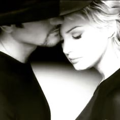 Be with the One You Love ❤️ (Tim McGraw & Faith Hill) Sound Of Music, Music Tv, Good Music, Celebrity Singers, Celebrity Stars, Country Music Artists, Country Singers, Tim And Faith, Tim Mcgraw Faith Hill