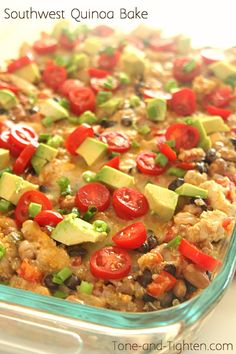 Southwest Chicken Quinoa Bake - Tone and Tighten Vegetarian Recipes Easy, Mexican Food Recipes, Cooking Recipes, Healthy Recipes, Healthy Dinners, Dinner Recipes, Easy Meals, Clean Eating, Healthy Eating