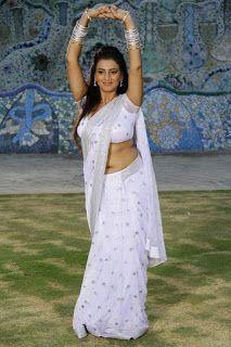 Actress Juhi Spicy Navel Show Pics In White Saree Photos Beautiful Saree, Beautiful Indian Actress, Beautiful Actresses, Indian Navel, White Saree, Saree Navel, Saree Models, Indian Beauty Saree, Indian Sarees