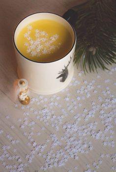 Forrócsoki, ahogy mi szeretjük – Advent a konyhában Candle Jars, Candles, Food Photo, Drinks, Tableware, Christmas, Drinking, Xmas, Beverages