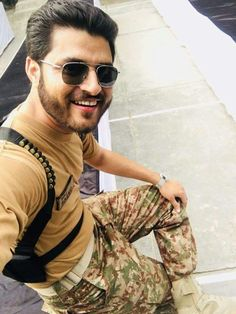 Pak Army Quotes, Pak Army Soldiers, Love You Cute, Pakistan Armed Forces, Pakistan Zindabad, Army Girlfriend, Cute Boy Photo, Muhammad Ali, Boy Photos