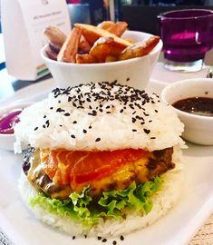 Das sind die ausgefallensten Burger in Wien - Vienna Food, Rind, Eating Well, Hamburger, Wellness, Ethnic Recipes, Alone, Food Food, Burgers