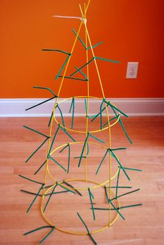 The Happy Plum: DIY Tomato Cage Christmas Tree