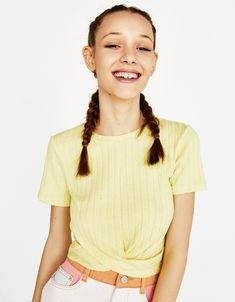 Ribbed T-shirt with front knot