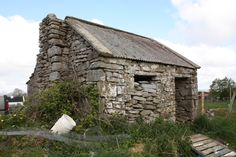 Architects view on Irish Cottage renovation, restoration and extension Farmhouse Architecture, Architecture Design, Ireland Homes, House Ireland, Old Stone Houses, Irish Cottage, Cottage Renovation, Small Cottages, Architectural Section