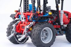 Revised (again) Technic 8284 tractor v2011: A LEGO® creation by Mark Wolstenholme : MOCpages.com